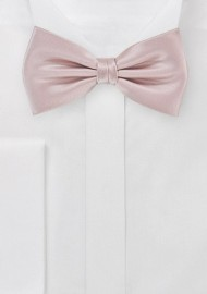Elegant Formal Bow Tie in Blush Pink