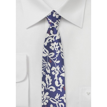Trendy Floral Skinny Tie in Silk