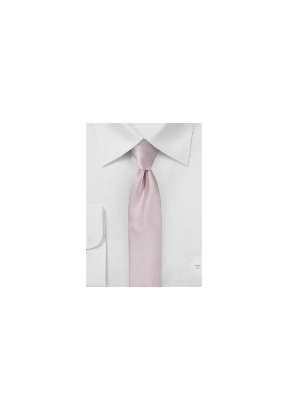 Elegant Skinny Tie in Blush