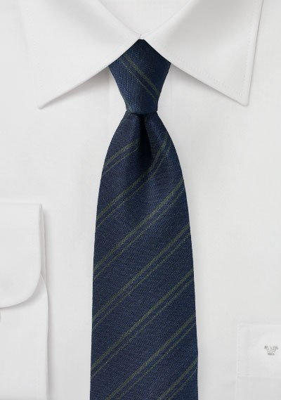 Wool Texture Tie in Midnight Blue and Green