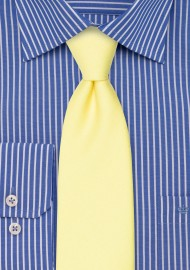 Linen Textured Necktie in Lemon Chiffon