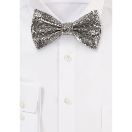 Metallic Glitter Bow Tie in Silver