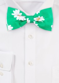 Daisy Flower Bow Tie in Spring Green