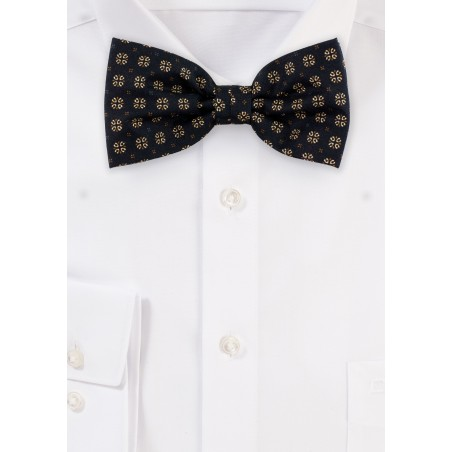 Bow Tie in Black and Gold