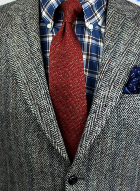 Autumn red wool necktie