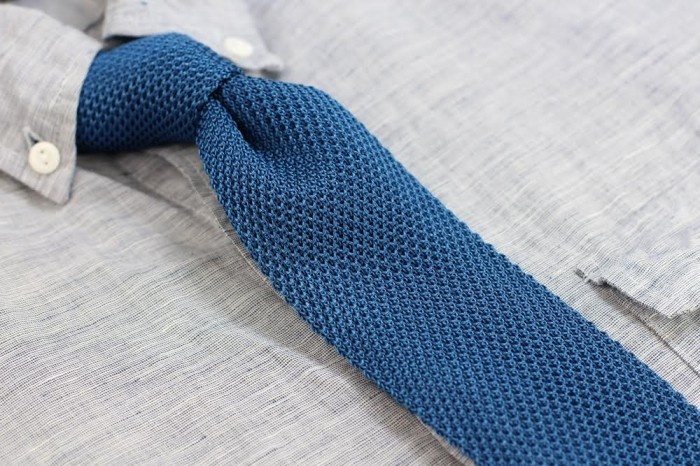Mens Blue Knit Tie